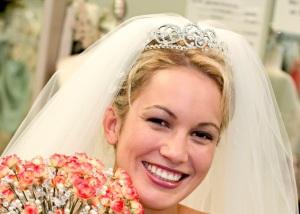 12-wedding veils and tiaras 1